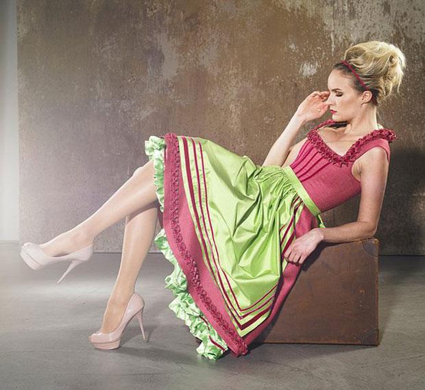 Einzigartige Wiener Dirndl Couture von Sonja Fellner